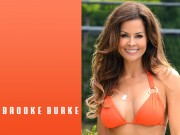 Brooke Burke : Very Hot Bikini Wallpapers x 29